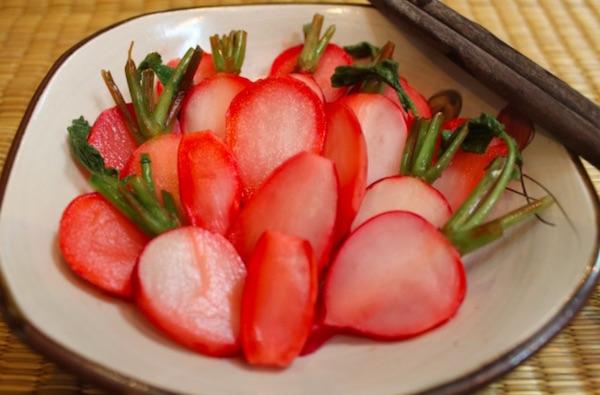Cách làm dưa củ cải đỏ tại nhà