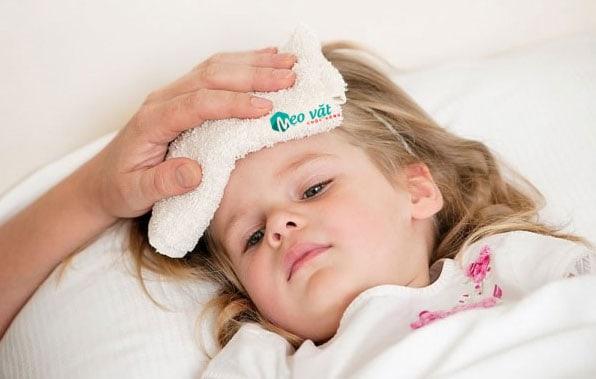 Dấu hiệu phân biệt sốt xuất huyết và sốt virus