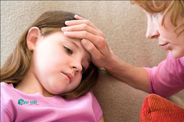 Phân biệt bệnh sốt Xuất huyết với bệnh sốt Virus