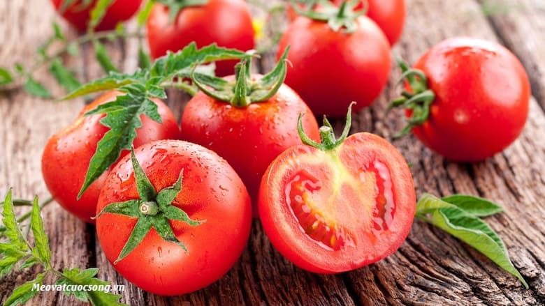 Cà chua giàu Lycopene trị rám nắng