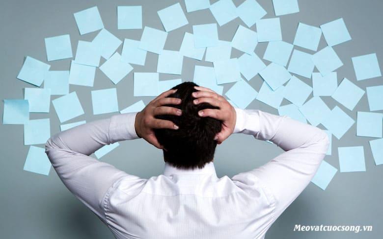 Giảm căng thẳng giúp trị mồ hôi tay