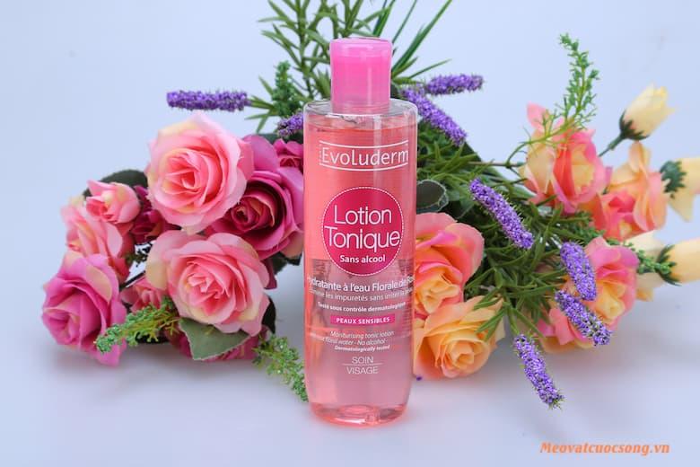 Nước hoa hồng giảm căng thẳng mắt