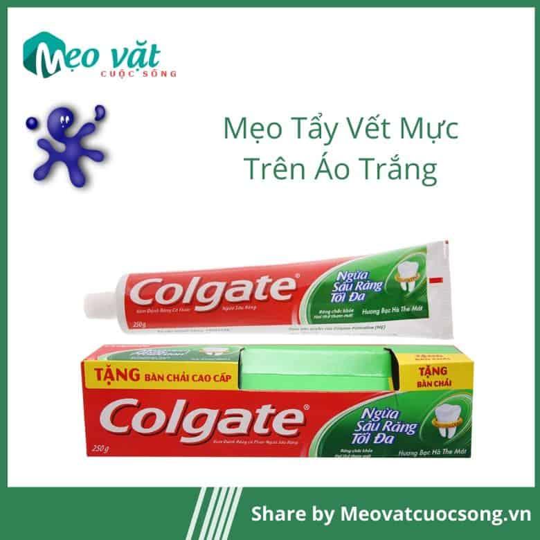 Kem đánh răng giúp tẩy mực trên áo trắng