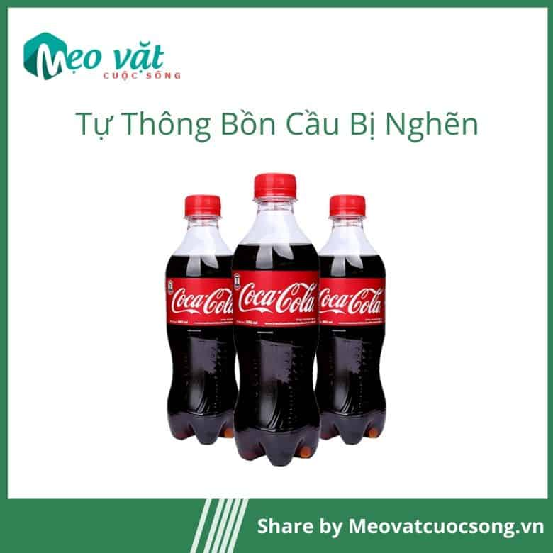 Thông bồn cầu bằng CocaCola